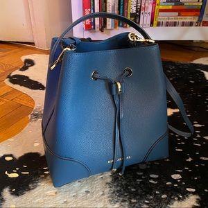 Michael Kors Blue Leather Crossbody Bucket Bag